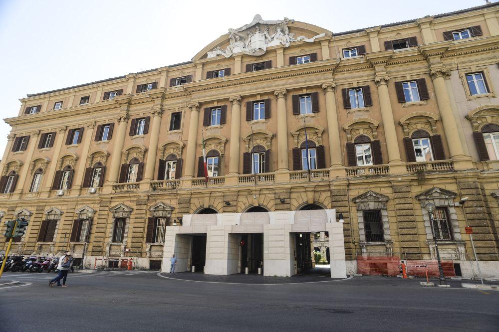 """Il Fisco """"festeggia"""" il picco di gettito sulle slot, ma gli italiani spendono in giochi solo l'1,86% del proprio reddito"""